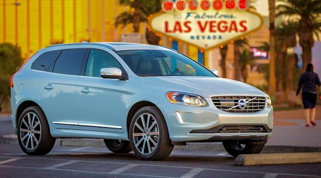 2015 Volvo XC60 T6 AWD front q2