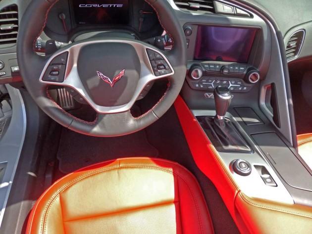 Chevy-Corvette-Stingray-Conv-Cnsl