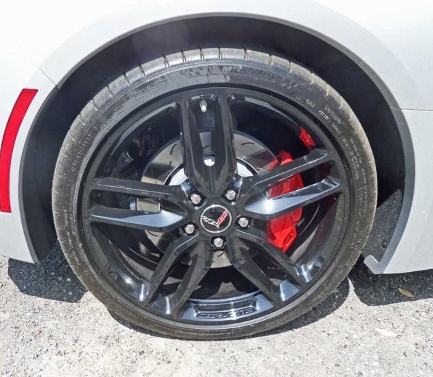 Chevy-Corvette-Stingray-Conv-Whl