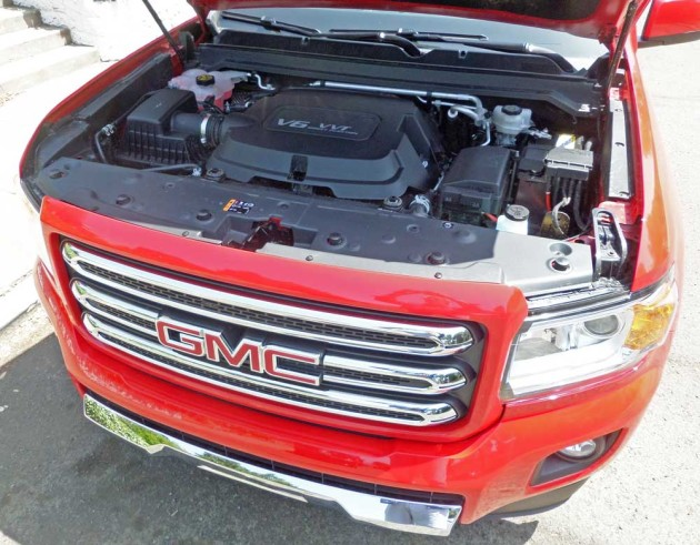 GMC-Canyon-Eng
