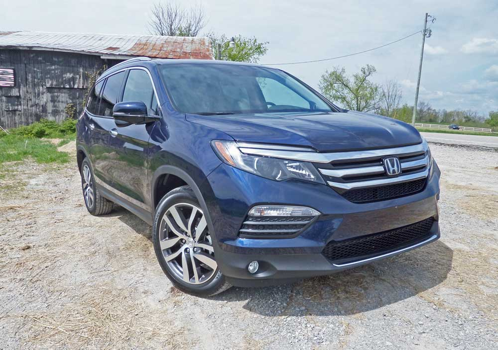 2016 honda pilot touring elite test drive our auto expert. Black Bedroom Furniture Sets. Home Design Ideas