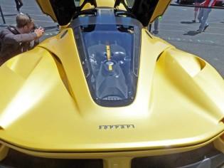 La-Ferrari-Eng
