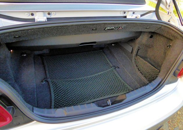 2015 BMW 228i convertible trunk