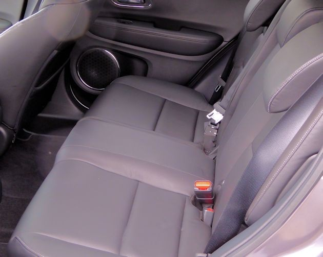 2016 Honda HR-V rear seat