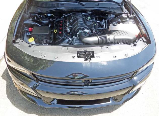 Dodge-Charger-Pursuit-Eng