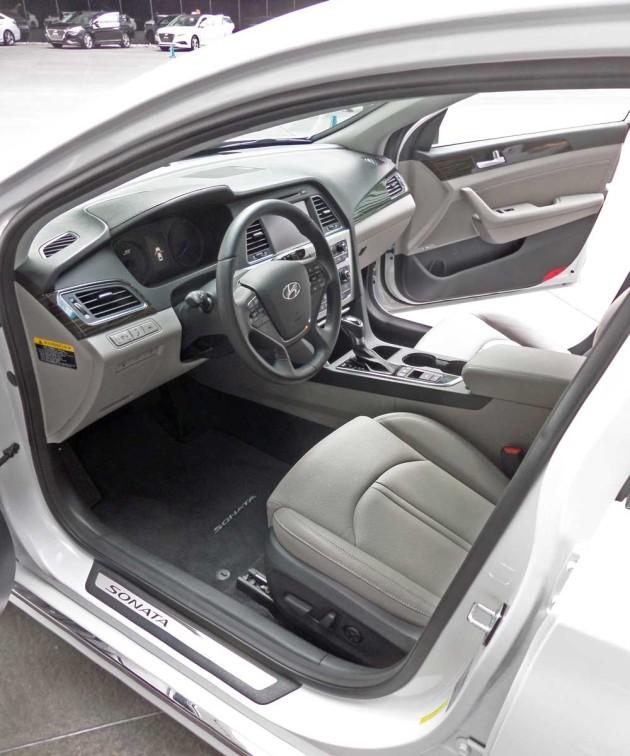 Hyundai Hybrid Sonata: 2016 Hyundai Sonata Hybrid & Plug-in Hybrid Test Drive