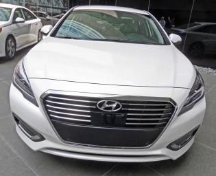 Hyundai-Sonata-Hybrid-Nose