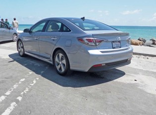 Hyundai-Sonata-Hybrid-PI-LSR