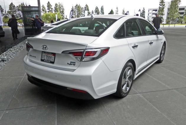 Hyundai-Sonata-Hybrid-RSR
