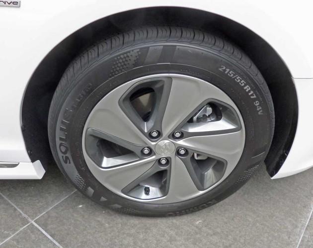 Hyundai-Sonata-Hybrid-Whl
