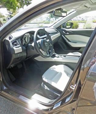 Mazda6-GT-Int