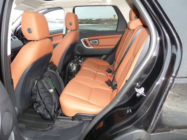 b2015 Land Rover Discover Sport rear seat
