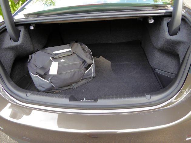 2015 Mazda6i cargo