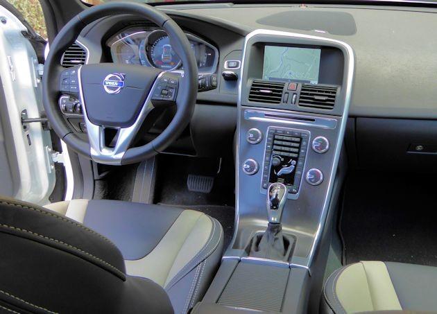 2015.5 Volvo XC60 dash