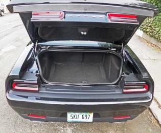 Dodge-Challenger-SXT-Plus-Tail