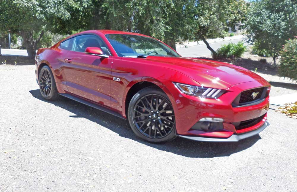 2015 ford mustang 5 0 gt fastback coupe test drive our. Black Bedroom Furniture Sets. Home Design Ideas