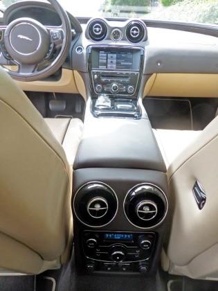 Jaguar-XJL-Cntrls