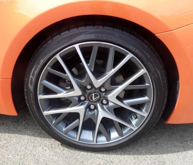 Lexus-RC-350-F-Sport-Whl