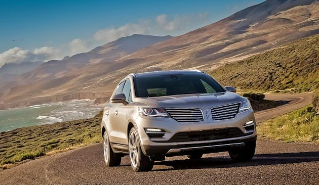 2015 Lincoln MKC front 2