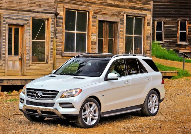 2015 Mercedes-Benz ML front q
