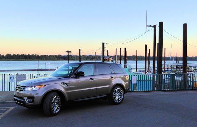2015  Range Rover Sport front q