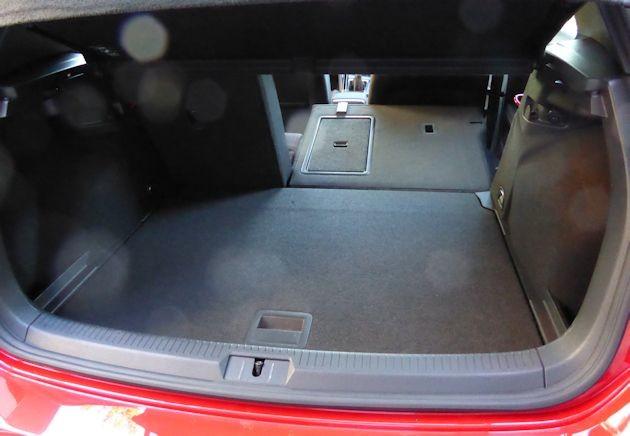 2015 Volkswagen GTI cargo