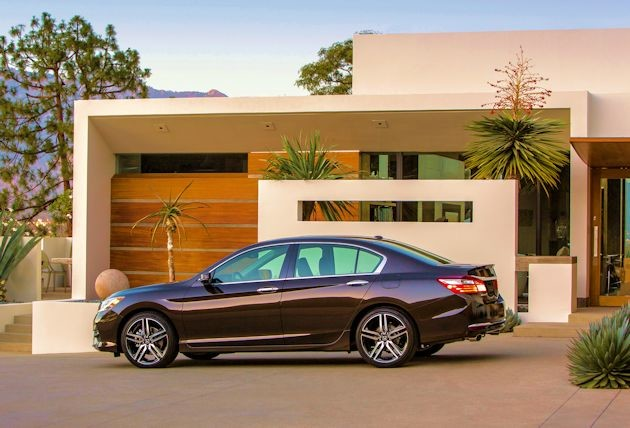 2016 Honda Accord side