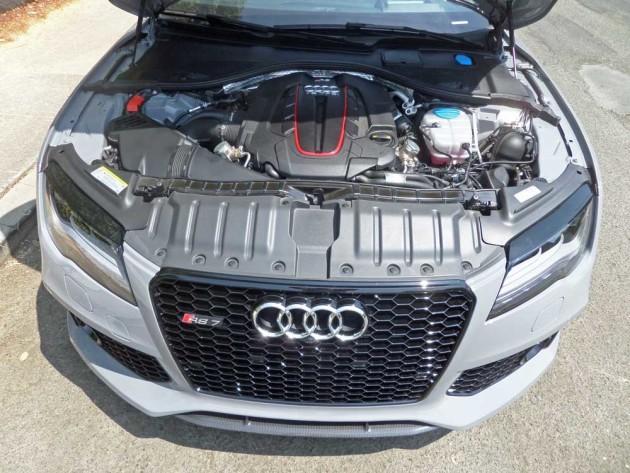 Audi-RS-7-Eng