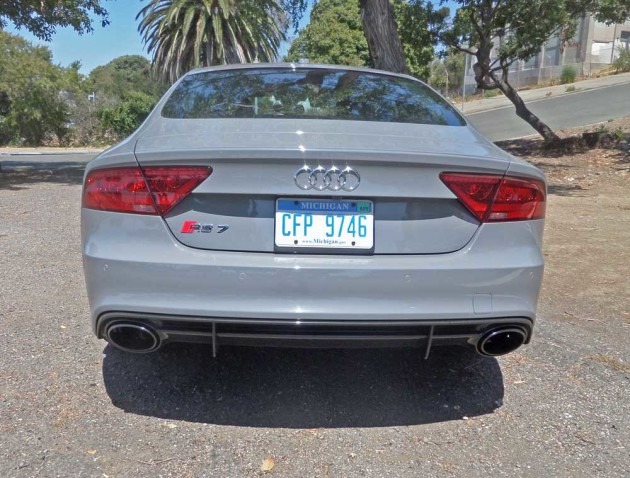 Audi-RS-7-Tail