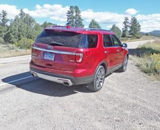 Ford-Explorer-Platinum-RSR