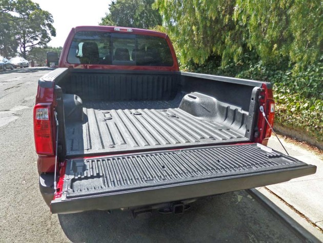 Ford-F-350-Bed