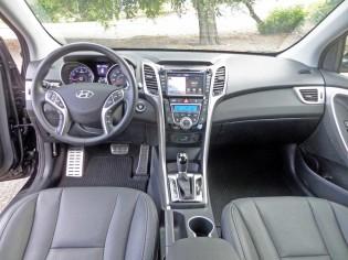 Hyundai-Elantra-GT-Dsh