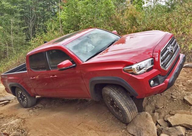 Toyota-Tacoma-Rck-Crwlg-TS