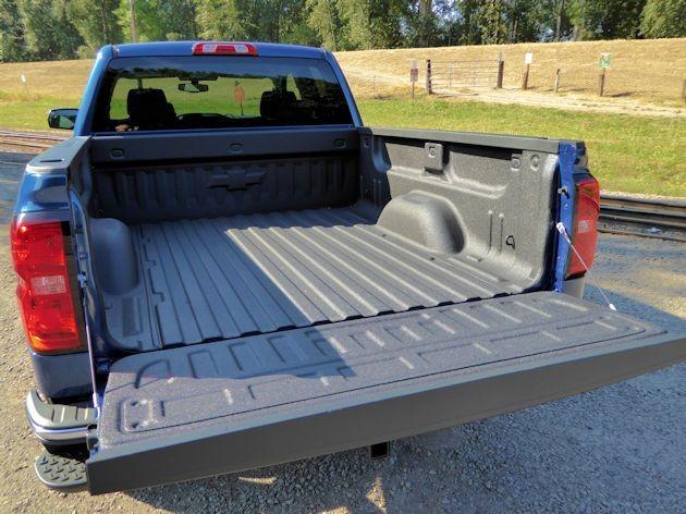 2015 Chevrolet Silverado bed