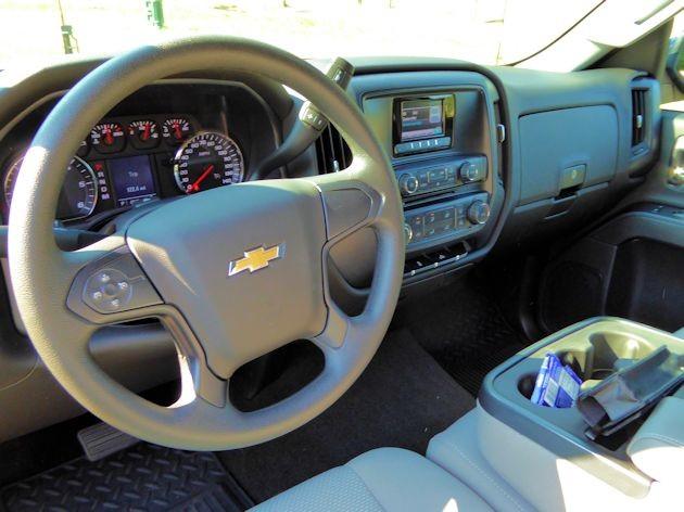 2015 Chevrolet Silverado dash 2