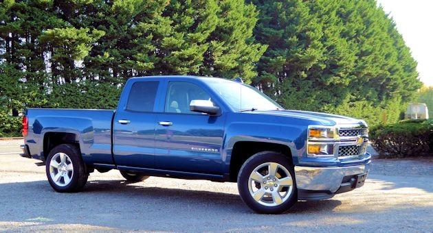 2015 Chevrolet Silverado side 2