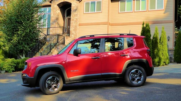 2015 Jeep Renegade side