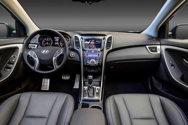 2016 Hyundai Elantra GT dash