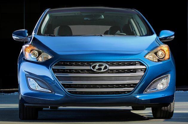 2016 Hyundai Elantra GT front