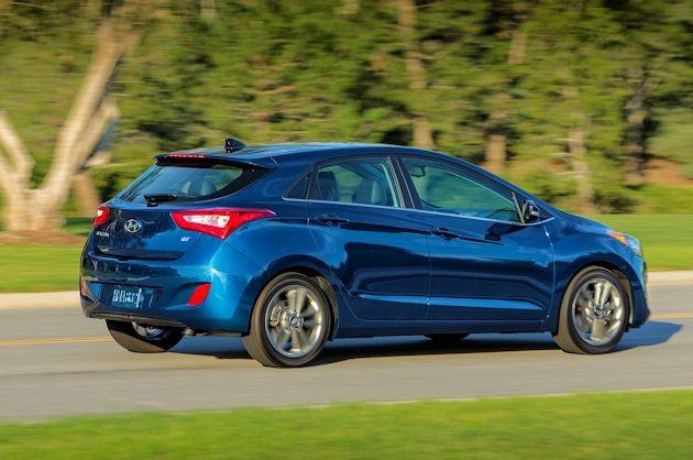 2016 Hyundai Elantra GT rear q