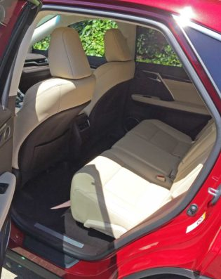 Lexus-RX350-RInt