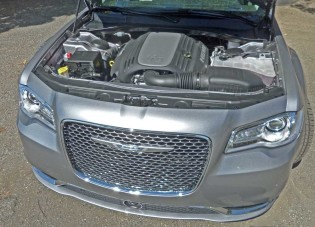 Chrysler-300C-Eng