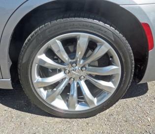 Chrysler-300C-Whl