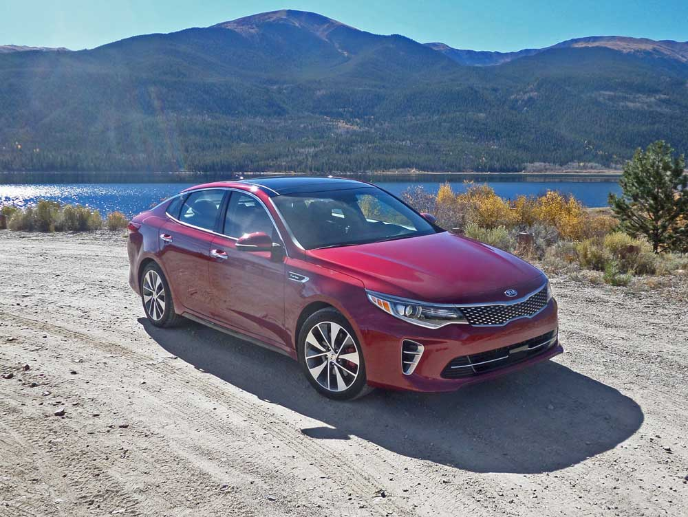 2016 kia optima sx sedan test drive our auto expert. Black Bedroom Furniture Sets. Home Design Ideas