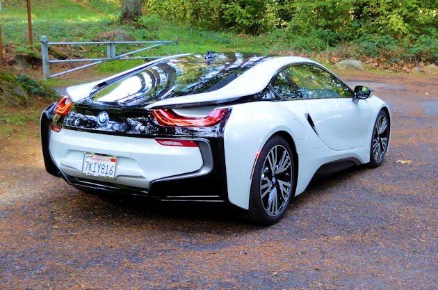 2016 BMW i8 rear