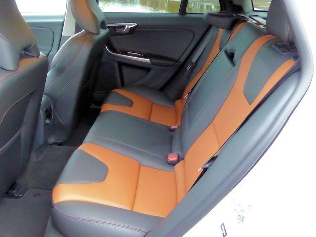 2016 Volvo V60 rear seat