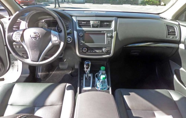 Nissan-Altima-SL-Dsh