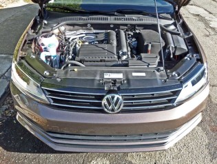 VW-Jetta-SE-Eng