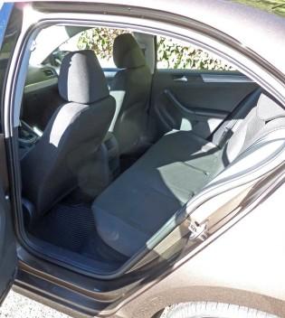 VW-Jetta-SE-RInt