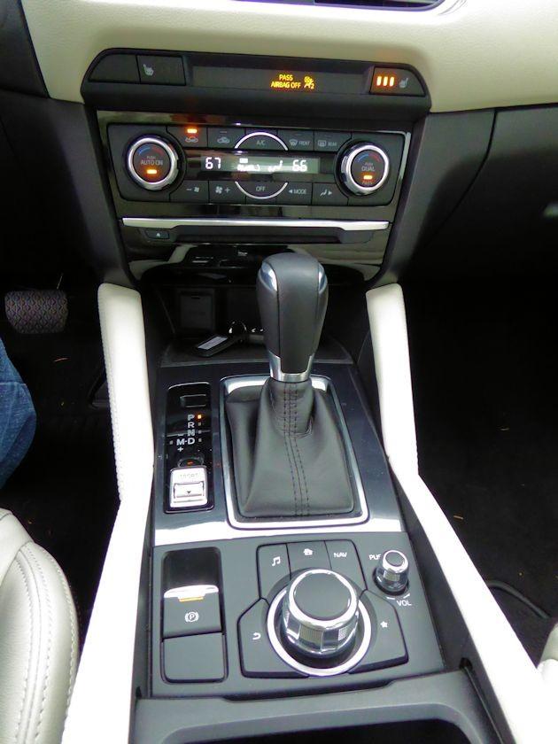 2016 Mazda6i center stack